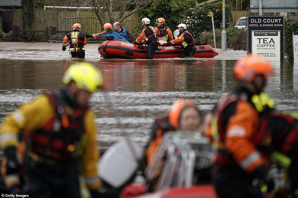 So Sad, Britain is UNDER Water! Thousands of Brits Have Been Forced to Leave Their Houses as the Nation Battles The Worst Flooding in 200 years