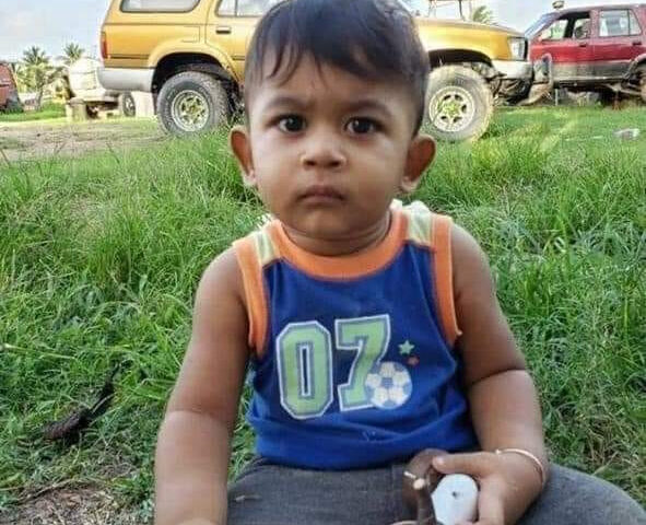 Heartbreaking! Father accidentally crushed Toddler to death as he tries to reverse His Truck