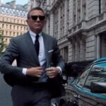 James Bond star actor, Daniel Craig reveals how he nearly turned down the movie role when he has first presented the script.